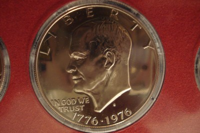 ike dollar mirror 006.JPG